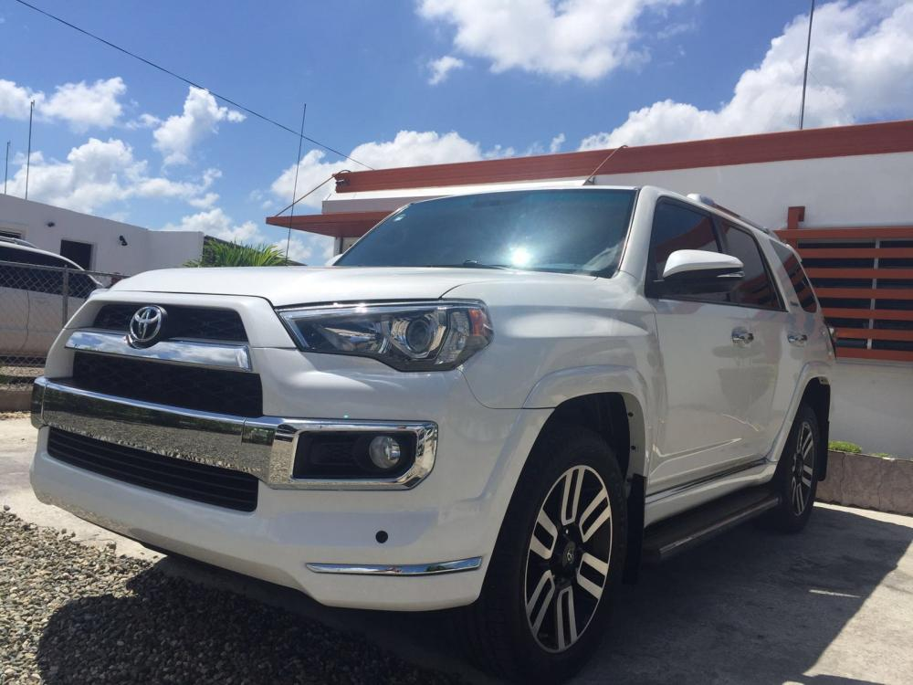 Toyota 4runner 2015 | D Edward Rent Car